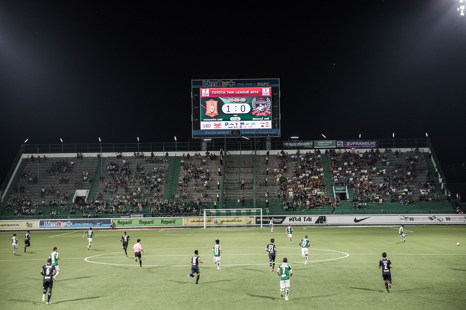 bangkokglass-vs-suphanburi-5